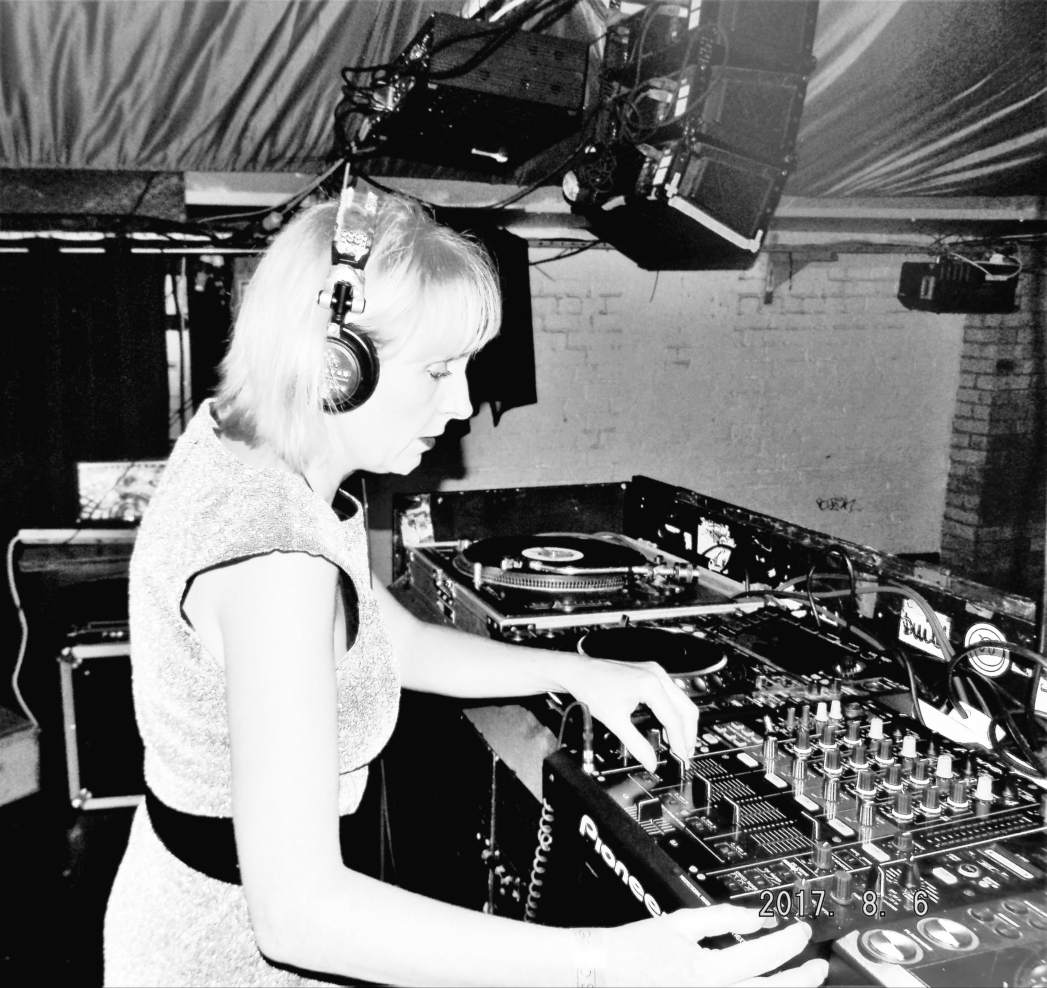 DJ Laynee's Top 10 Tech house & Techno